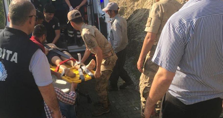 13 yaşındaki çocuk serinlemek için girdiği çayda boğuldu