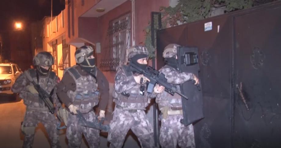 350 polisle şafak operasyonu..