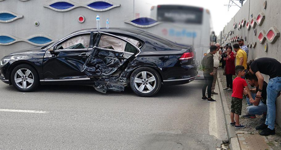 3 Araç Birbirine Girdi, 44 Yolcu Ölümden Döndü