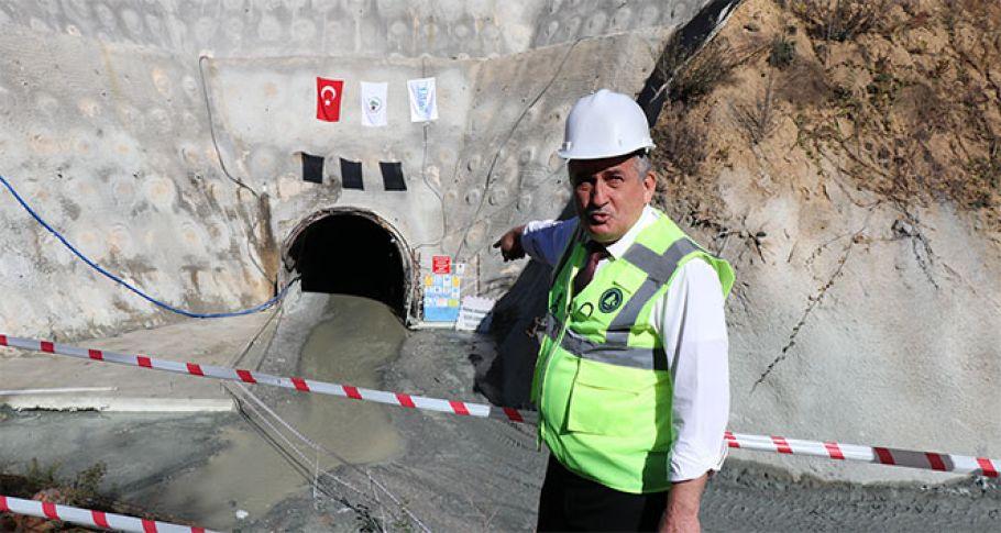 3 bin 674 metrelik Karadere Tüneli tamamlandı