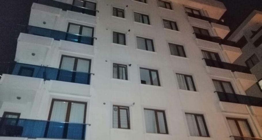 6 katlı binanın temeli sallandı