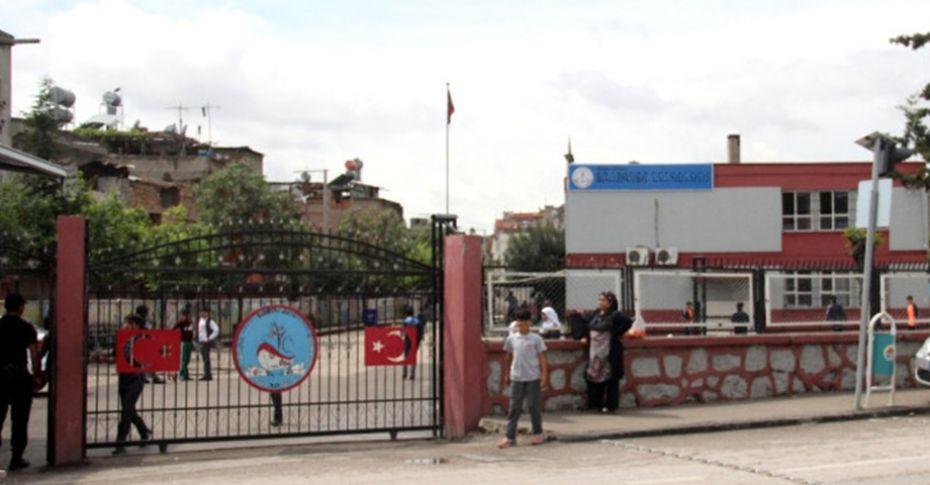 7. Sınıf öğrencisi müdür yardımcısını bıçakladı