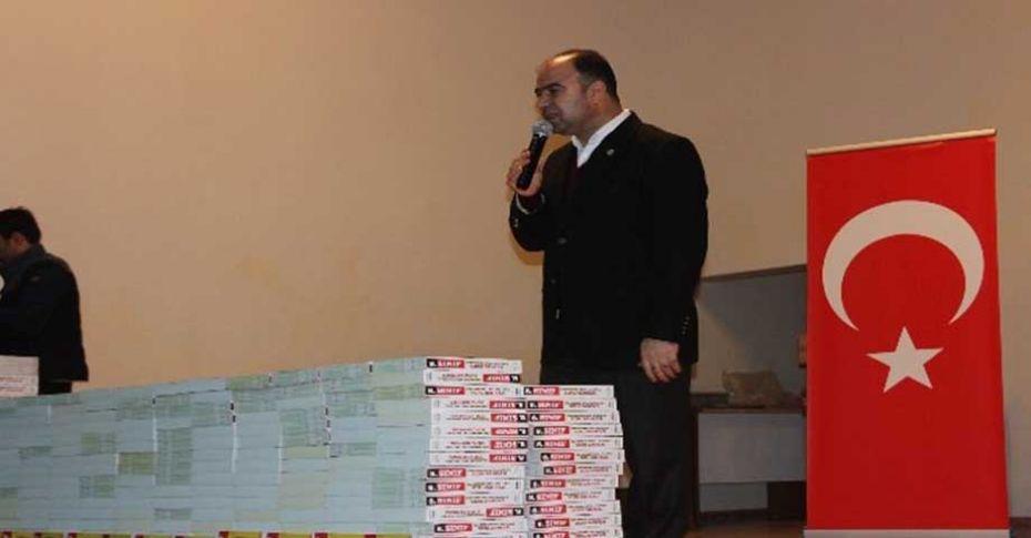 8. Sınıf öğrencilerine soru bankası dağıtıldı