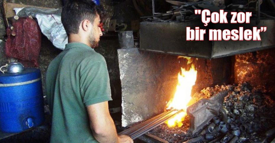 90 derece sıcaklıkta demir büküyor