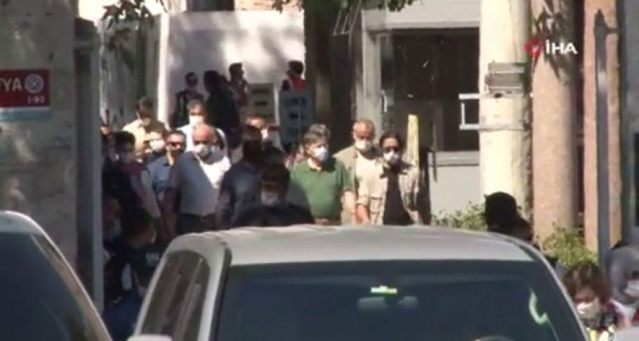 ABD Büyükelçisi Ayasofya-i Kebir Cami-i Şerifi'ni ziyaret etti (videolu)