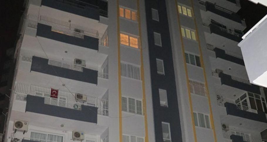 Adana'da 5'inci kattan düşen genç kız...