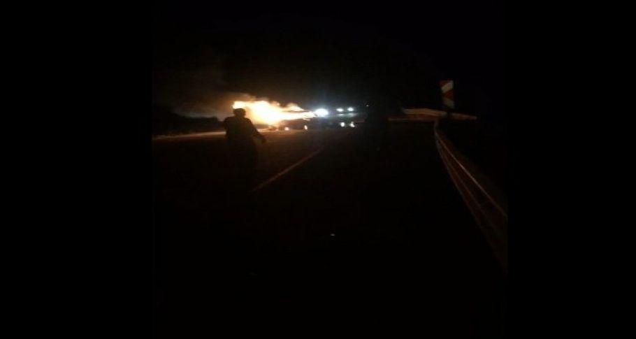 Adana'da feci kaza: 3 kişi yanarak öldü