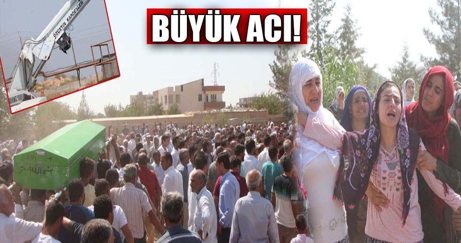 Adana'da ölen Urfalı 5 işçi, toprağa verildi