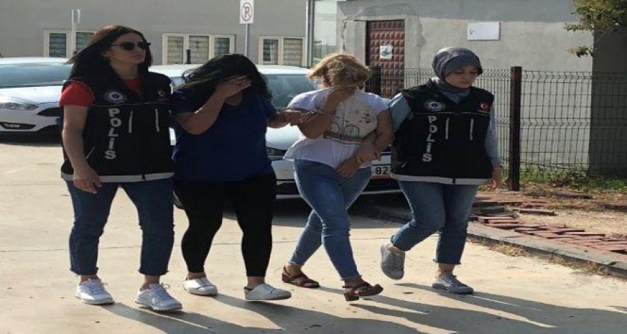 Adana'da uyuşturucu satıcılarına yönelik operasyonda gözaltına alınan 37 kişiden 25'i tutuklandı