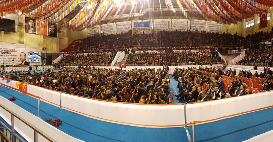 AK Parti İl Kongresi'nde Divan Başkanı Belli Oldu