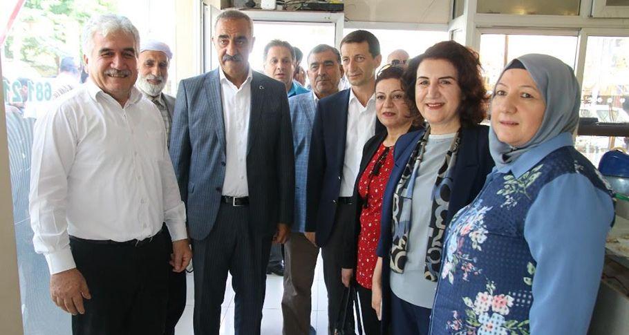 AK Parti Vekil Adayı Açanal Hilvan'da