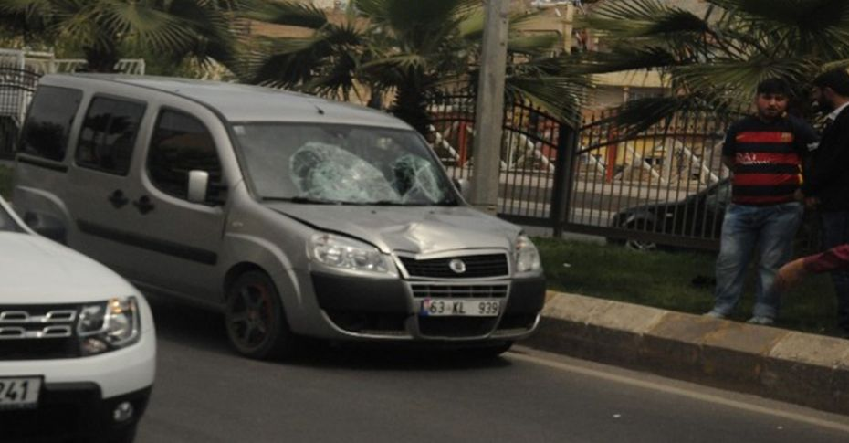 Aracın çarptığı yaya ağır yaralandı!
