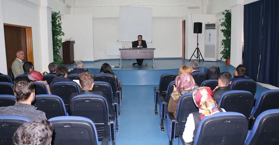 """ASPİM'den  """"İş Hayatına Uyum"""" semineri"""