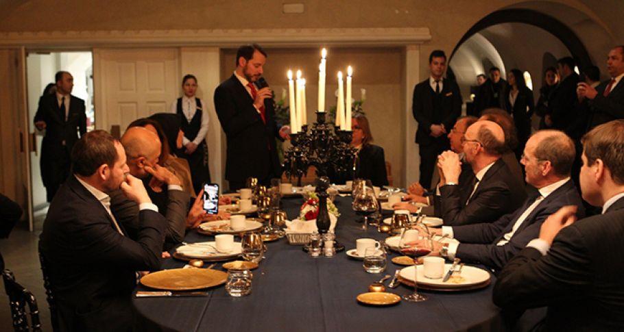 Bakan Albayrak, 'Türkiye'ye yatırım için büyük ilgi var'