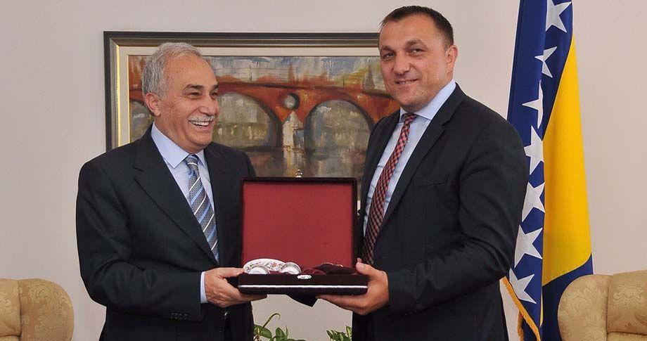 Bakan Fakıbaba Bosna Hersek'te