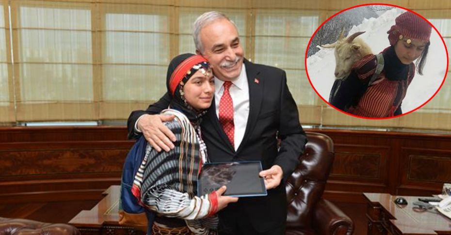 Bakan Fakıbaba Türkiye'nin Heidi'si Hamdu Sena'yı ağırladı