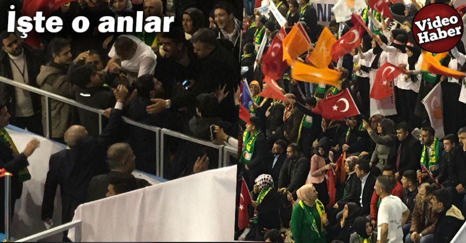 Bakan Fakıbaba'yı gören Şanlıuraflılar yerinde duramadı
