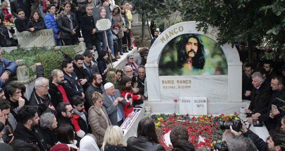 Barış Manço mezarı başında anıldı!
