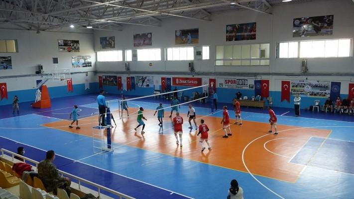 Barış Pınarında dostluk maçı: TSK ve Resulayn karşı karşıya