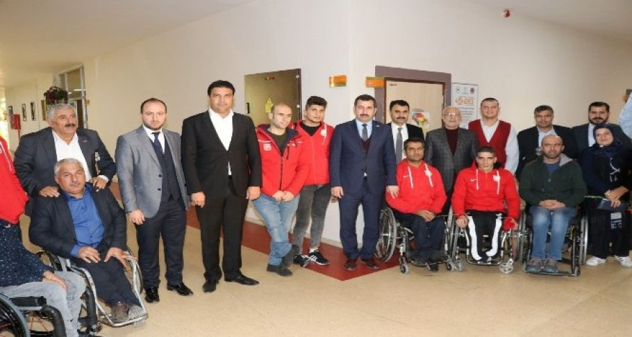 Başkan Baydilli engelli vatandaşları unutmadı