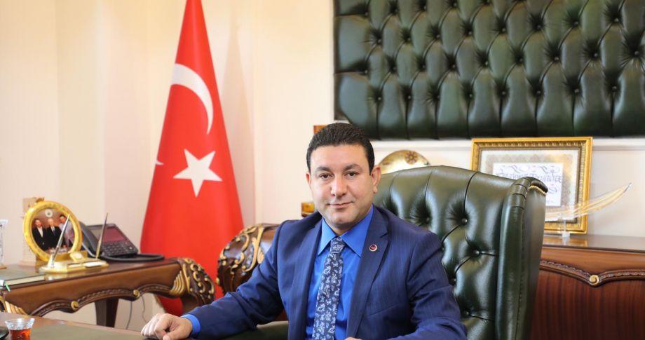 Başkan Özyavuz'dan bayramda evlere ziyaret