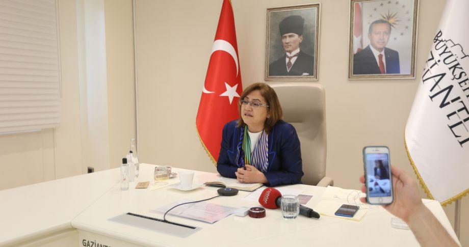 Başkan Şahin Avrupa'nın Belediye Başkanlarıyla görüştü