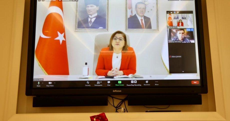 Başkan Şahin, Telekonferans Aracılığıyla Öğrencilerle Bir Araya Geldi