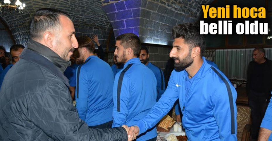 Başkan Yılmaz Siverek Belediyespor'u ziyaret etti