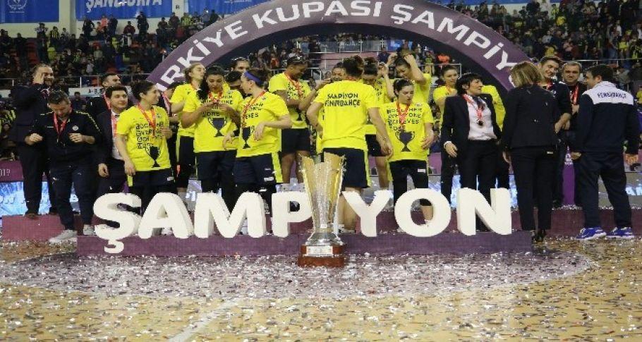 Basketbol'da şampiyon Fenerbahçe