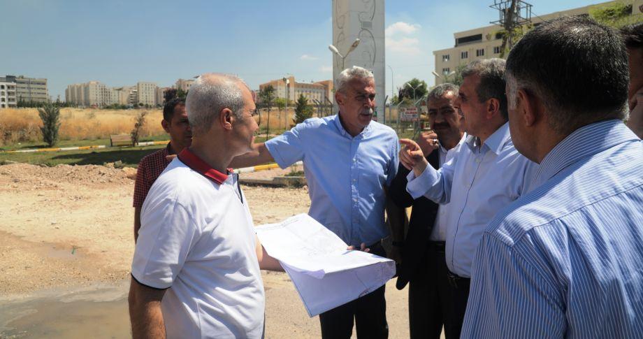 Beyazgül Seyrantepe'de sürdürülen yol yapım çalışmalarını denetledi