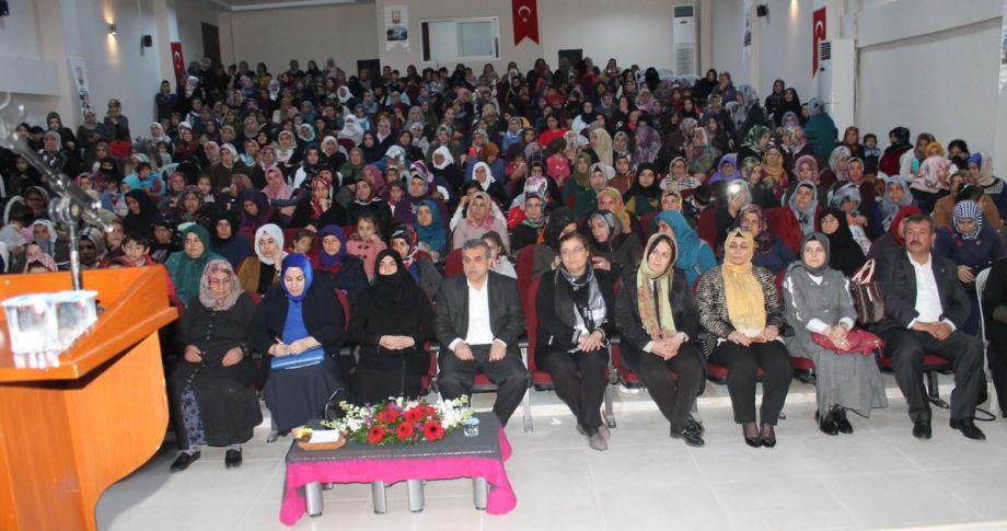 Beyazgül Kadın Kültür Merkezini Ziyaret Etti (videolu)