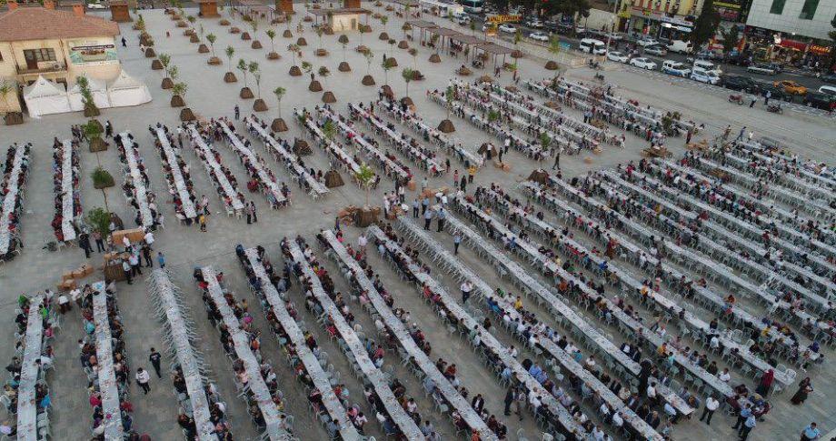 Binlerce Şanlıurfalı, Halil İbrahim Sofrasında (videolu)
