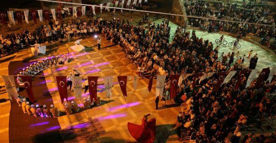 Binlerce vatandaş ramazan etkinliğinde buluştu