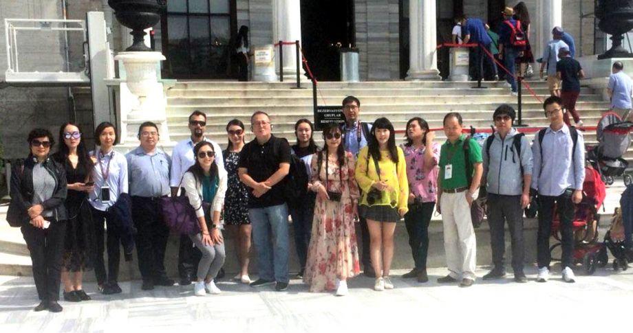 Büyükelçi Önen, Türkiye'yi ziyaret eden Çinlilerle…