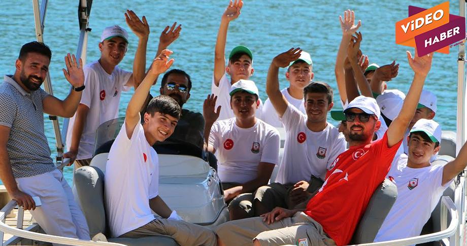 Büyükşehir'den başrılı öğrencilere gençlik kampı