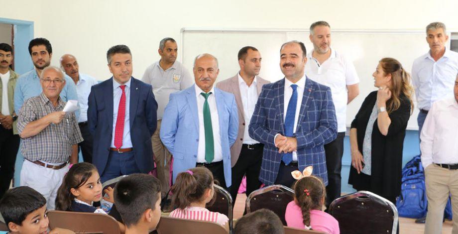 Büyükşehir'in eğitim desteği sürüyor