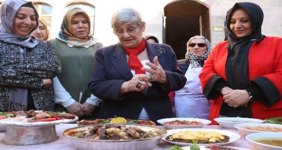 Canan Karatay'dan Şanlıurfa yemekleri yorumu
