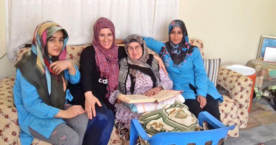 Ceylanpınar'da Yardım Melekleri Yüzleri Güldürmeye Devam Ediyor