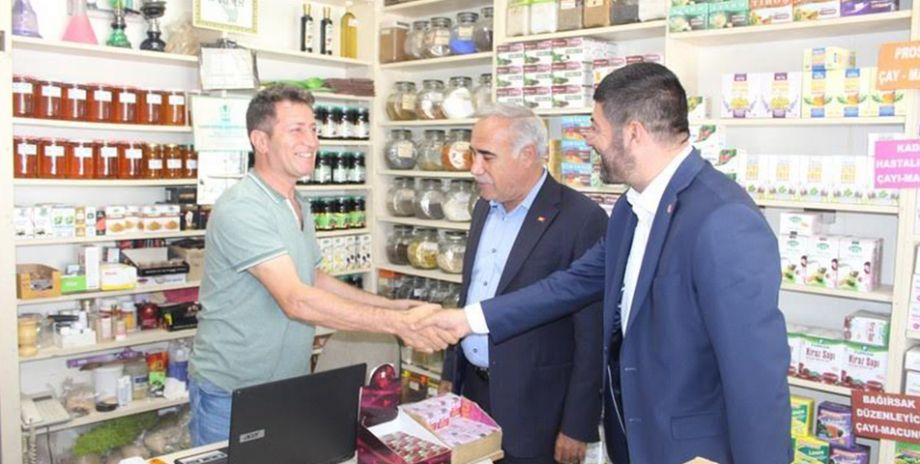 CHP Milletvekili Adayları Viranşehir'de esnafı ziyaret etti