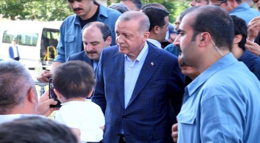 Cumhurbaşkanı Erdoğan'dan Vekil Yıldız'a taziye ziyareti