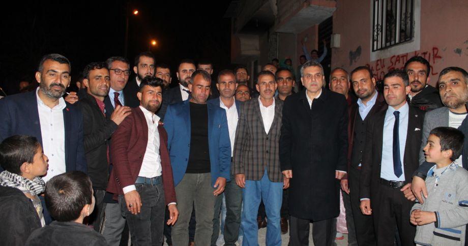 Demir ve ailesi CHP'den AK Parti'ye geçtiler