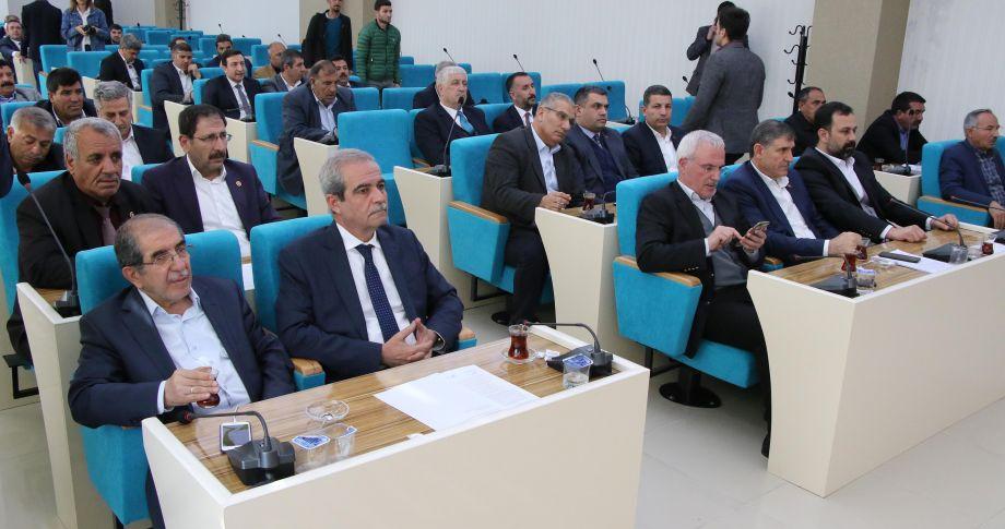 Demirkol, meclis toplantısında belediye çalışmalarını değerlendirdi(videolu)