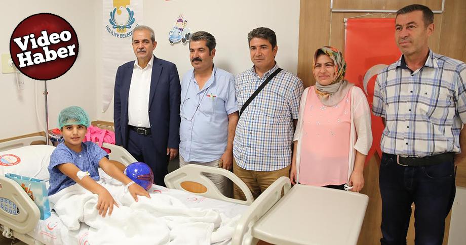 Demirkol, Sünnet çocuklarını ziyaret etti