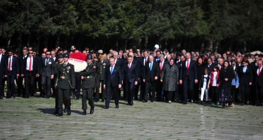 Devlet Erkanı, Anıtkabir'i ziyaret etti
