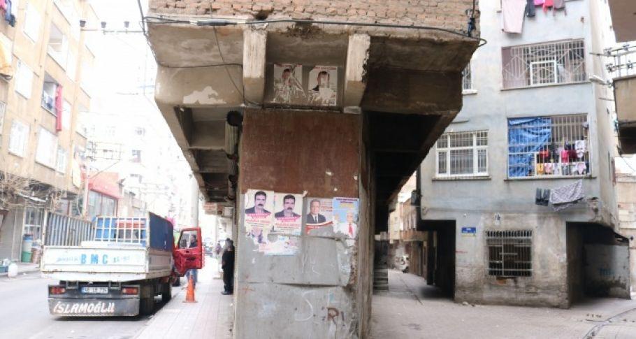Diyarbakır'da bir garip bina (Videolu)