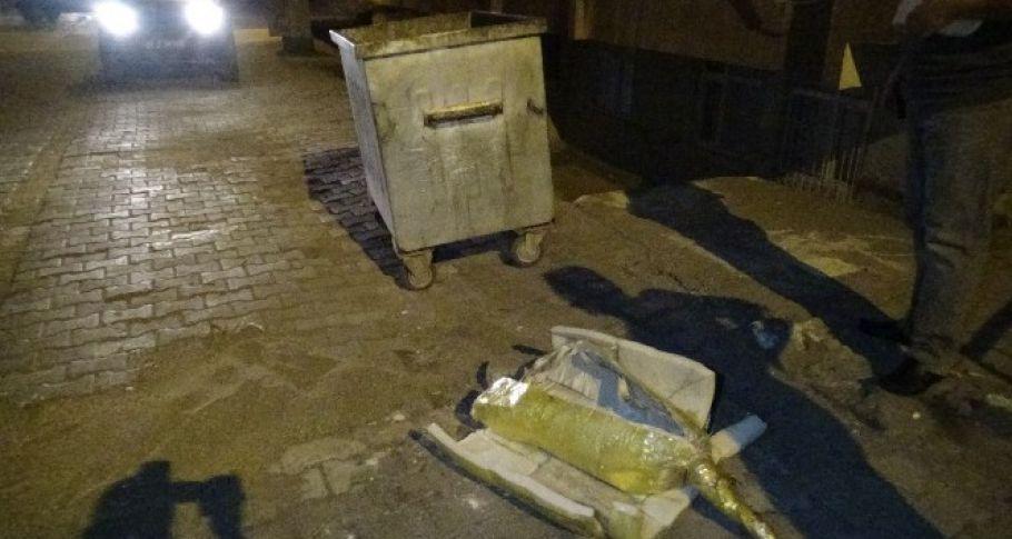 Diyarbakır'da bomba süsü verilmiş paketin içinden kum çıktı