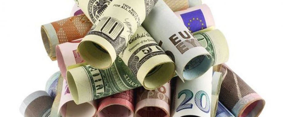 Dolar ve Euro'da yükseliş devam ediyor