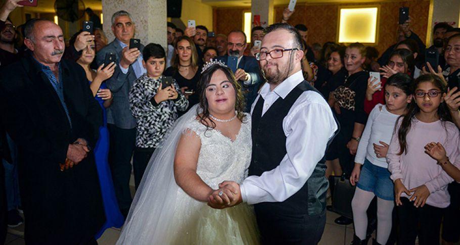 Down sendromlu Hazal'ın düğün hayali gerçek oldu