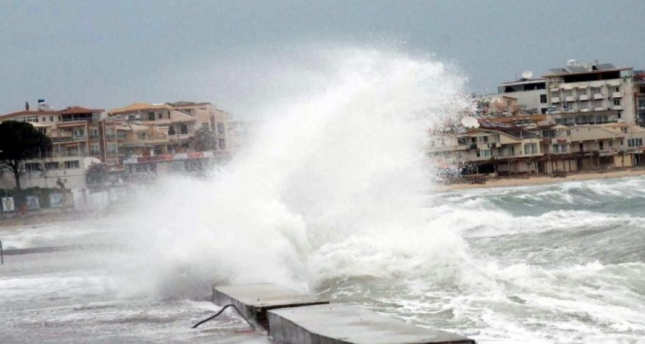 Ege Denizi'nde fırtına bekleniyor...