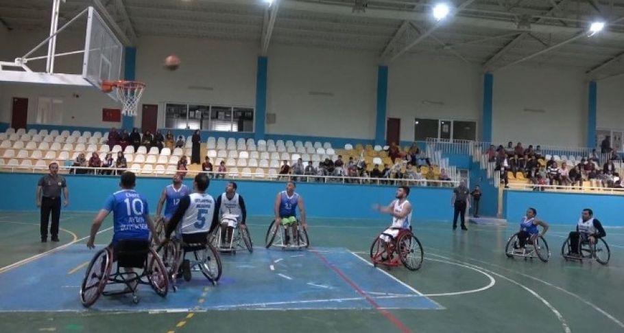 Engelli basketbol takımına saha engeli